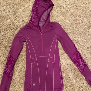 Athleta fitted hoodie